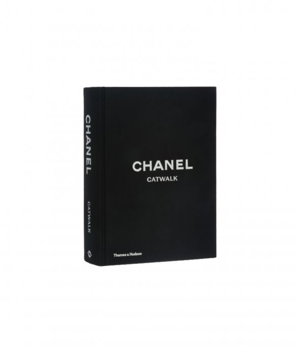 New Mags - New Mags Chanel Catwalk